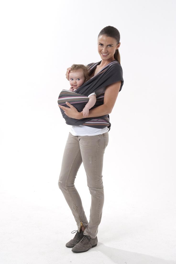 porte bebe echarpe a nouer babymoov position face au monde