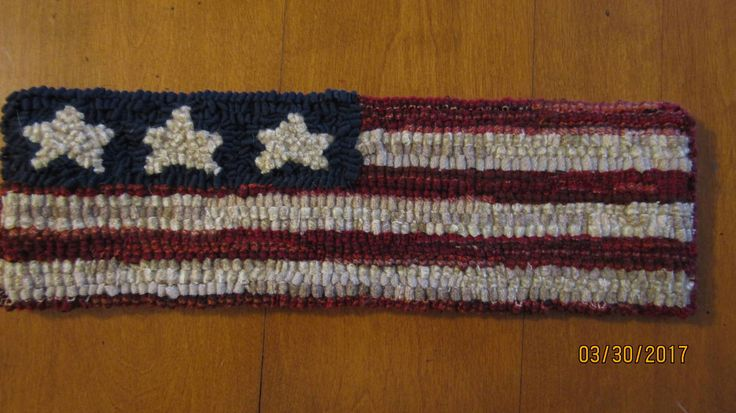 "Primitive Hooked Rug ~ ""Patriotic American  Flag"" Table Runner 3 stars, Folk Art by TheCrazyWoolLady on Etsy"