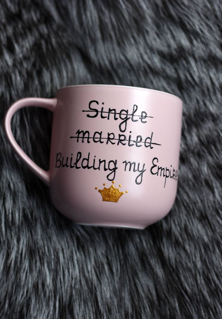 Gift Daughter from Mom Birthday Daughter Gift Mug with Sayings She believed she could Quote Mug Gold crown gift Motivational Mug Dusty rose
