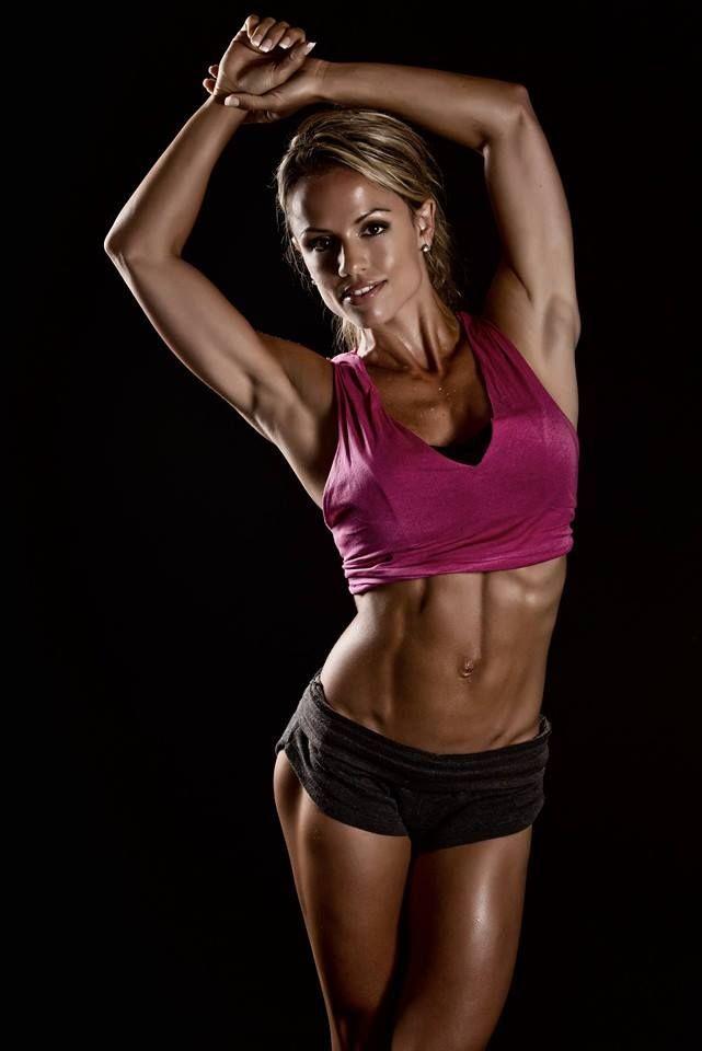 152 Best Fitness Model Poses Ideas Images On Pinterest