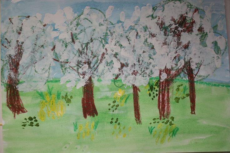 Яблони в цвету. Рисунок гуашь, восковой мел, бумага для акварели. Рисовал ребенок 5 лет.