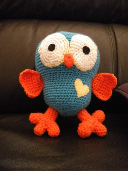 hoot the owl free pattern from craftsy.  What if you turn it upside down and made it a deer head?????