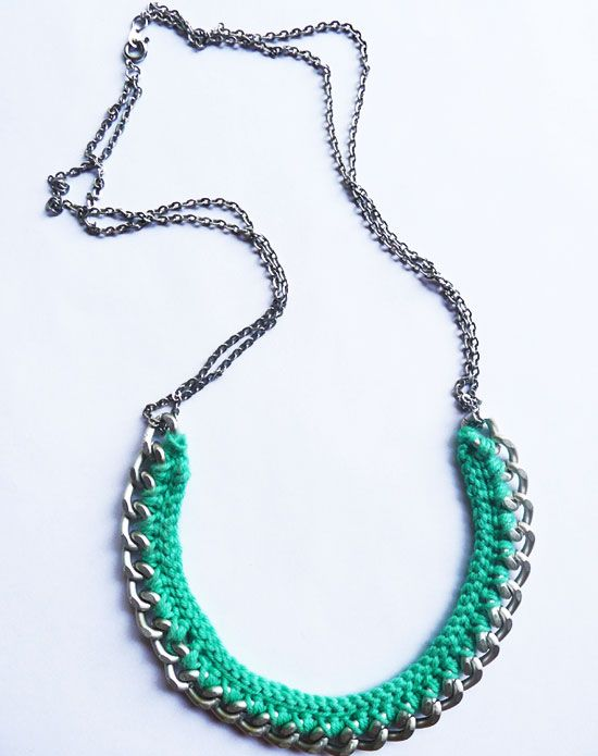 Вязаное крючком ожерелье сделать своими руками
