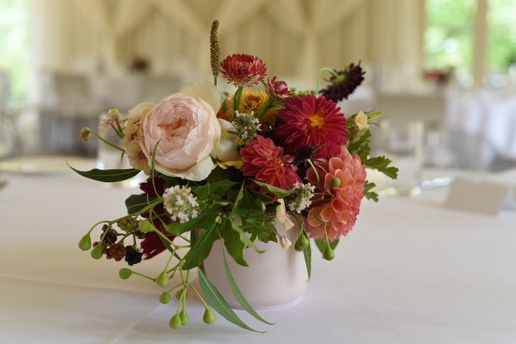 February Wedding, table flowers, centrepieces, red, pink, dahlias, roses, zinnias, Queen Anne's Lace, scented geranium, strawflower, scabiosa