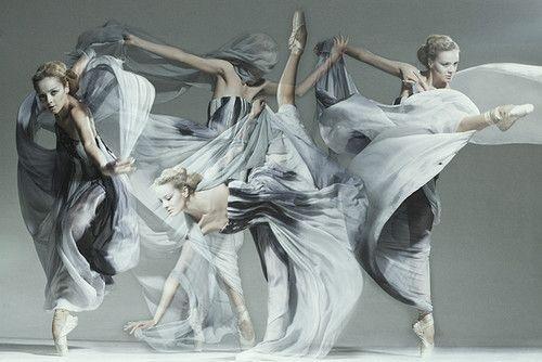 jan masny photgraphy ballet 3 600x401 monochromatic ballet squad by jan masny