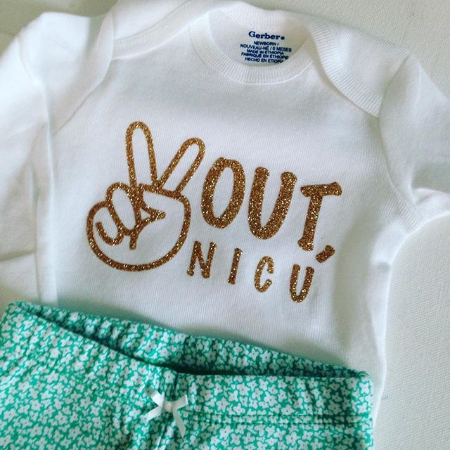 Peace out NICU custom onesie from Silhouette School! Gotta love glitter gold htv
