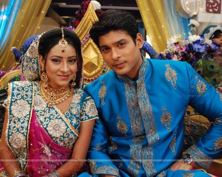 Siddharth Shukla and Pratyusha Banerjee (Shiv and Anandi from Balika Vadhu)