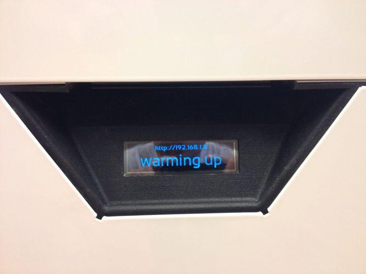 Warming up! Blueprinter 3D-tulostin tulostaa 3D-malleja Alihankinta messulle. #alihankinta #alihankinta2015 #alihankintamessut #tampere #blueprinter #blueprinter3d #3dtulostin #3dtulostus