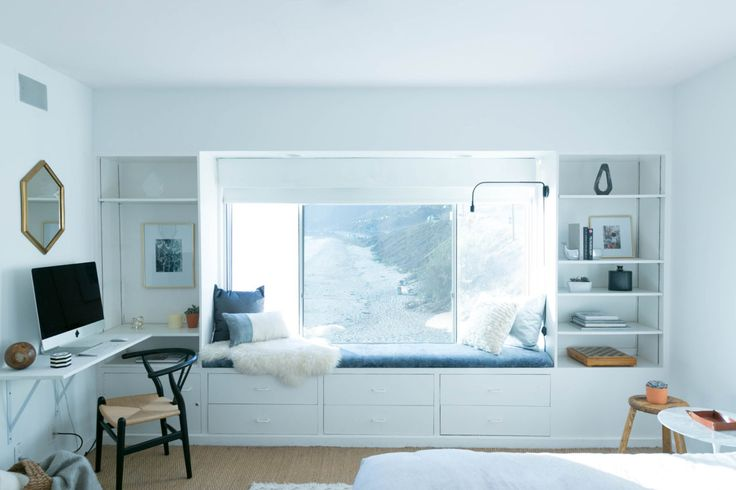 With views of the beach, this bedroom had to play up that bohemian and free-spirited vibe!