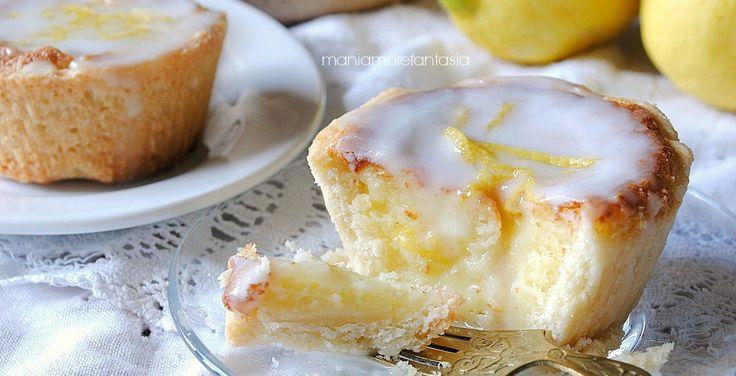 Tortine al limone con glassa al limoncello