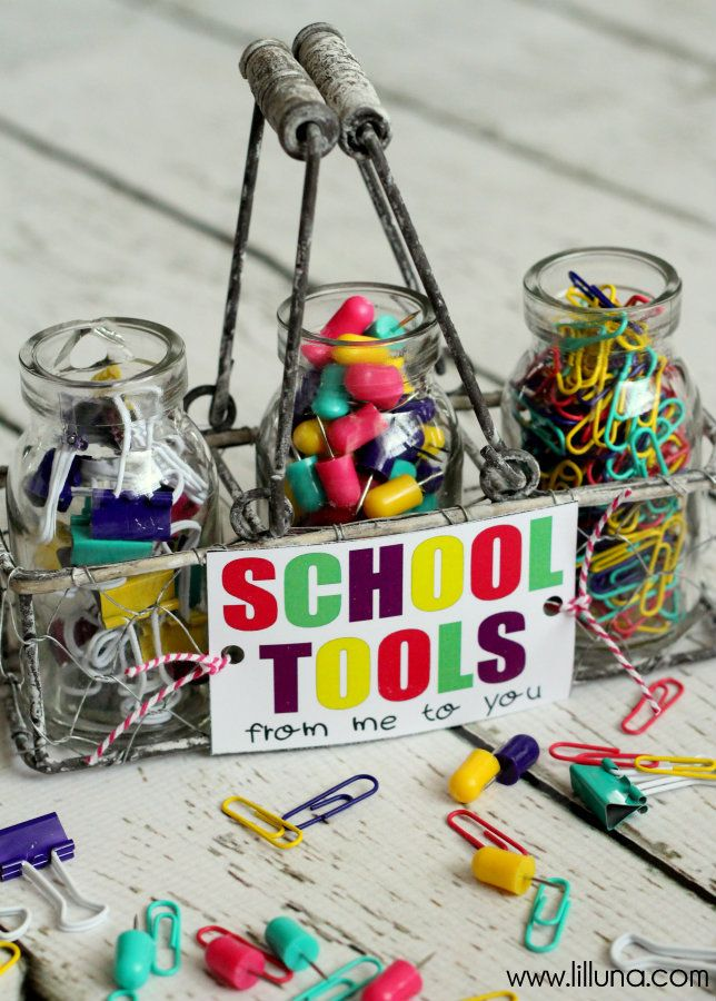 ADORABLE School Tools Gift with free prints! Perfect for the kids' teachers!