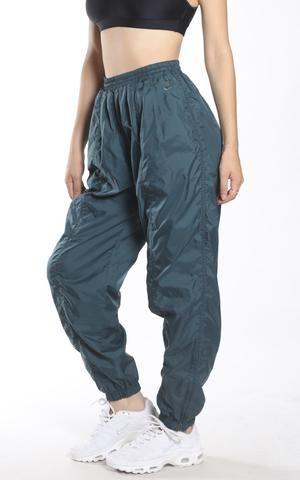 2e68126e68657 Vintage Nike Wind Pants | cute fits in 2019 | Pants, Parachute pants ...