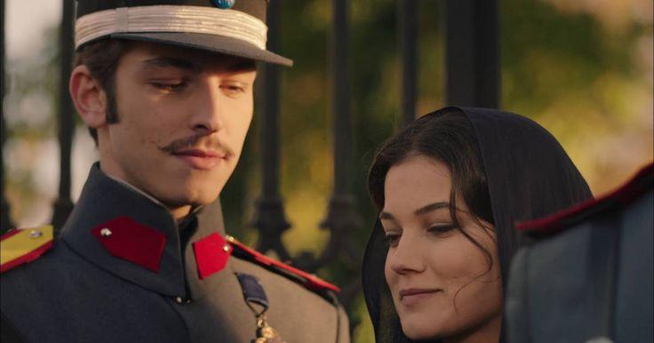 Evde çıkan yangın sonrası Vasili, Cevdet'in ailesini Yunan Konağı'na davet eder. İstemeyerek de olsa kabul etmek durumunda kalan Azize'yi zor bir sınav bekler. Azize hem Cevdet ile aynı yatakta yatmak zorunda hem de düşman ile burun buruna gelmek zorunda kalır.Öte yandan Yunan askerleri, Menemen'de masum halka ateş açmaz. Bu Vasili tarafından ihanet olarak adlandırılır ve Leon'a hepsini kurşuna dizmesi için yetki verir. Leon, görevi ve arkadaşları arasında kalsa da emri ye...