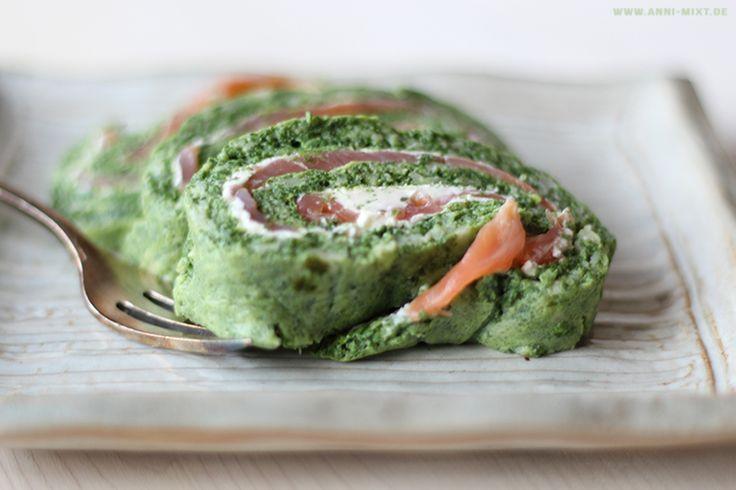 Zu meinen Lieblings Low Carb Gerichten zählt auf jeden Fall diese Spinat-Lachs-Rolle.