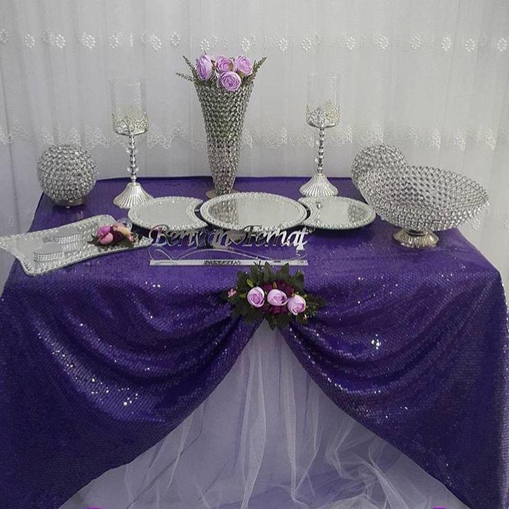 Masa süslememiz ������ #düğün #organizasyon #söz #nişan #hazırlık #mor #güller http://turkrazzi.com/ipost/1515729196038870085/?code=BUI86xRldRF