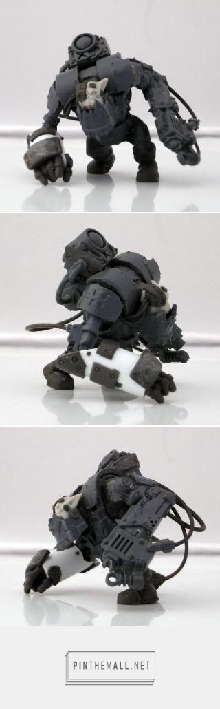 a heavily modified Nob, by His Master\'s Voice. how does he sculpt the hands that way? - created via http://pinthemall.net