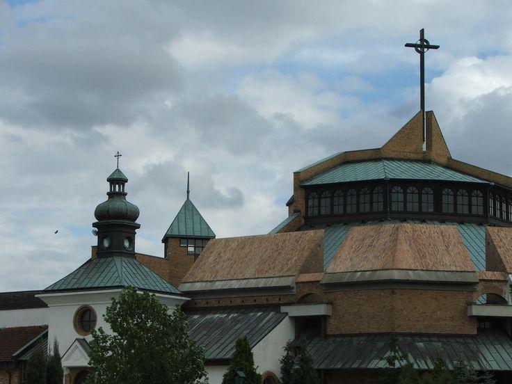 Kościół na osiedlu Kopernik w Głogowie