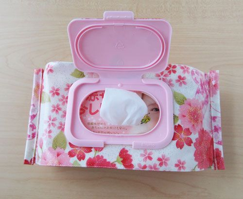 Baby wipe cover tutorial- recycle snap lid, zipper in back, PUL?