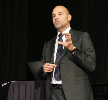 Mark Shuttleworth considering Canonical ipo