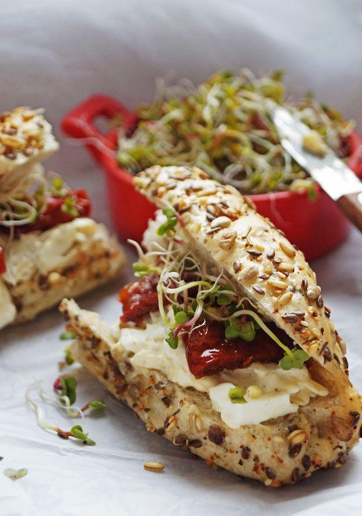 #sandwich #breakfast #foodstyling #driedtomatoes #egg