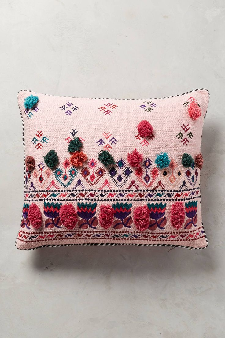 Floor Cushions Anthropologie : 778 best images about Coussins, poufs, rideaux... on Pinterest Floor cushions, Zara home and ...