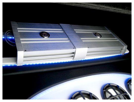 Amplificador #DLS, 4 canales con grandes niveles de bajos ajustables. Mayor calidad para el sonido de tu auto en #miamicenter  http://bit.ly/15GdHEP