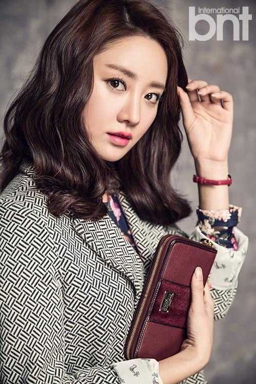 HGxBNT   Min Han Groo for BNT