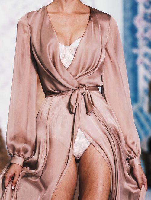 Imagen de pink, rose gold, and model