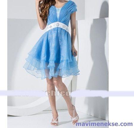 http://www.mavimenekse.com/kokteyl-elbiseleri-2016-modasi.html