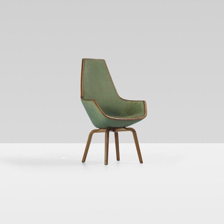 Giraffe chair by Arne Jacobsen. Stunning! Love the colour