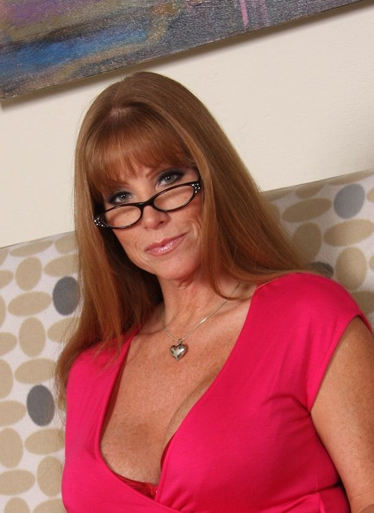 Mature milf with glasses fucking