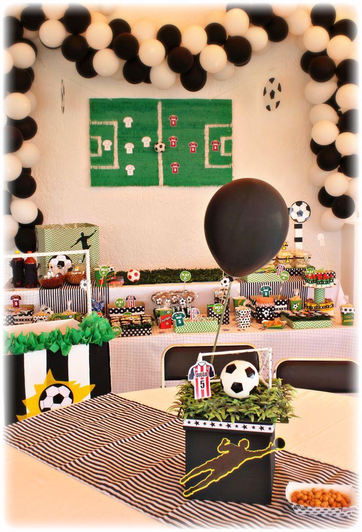 Las 25 mejores ideas sobre centros de mesa de fiesta de for Decoracion deportiva