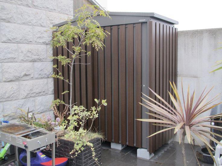 さんかく屋根のマツモト物置ならガーデンデザインをもっと自由に楽しめます。新しく、自由で、フレキシブルなライフスタイルを可能にするモノオキです。#マツモト物置 #カワイイ物置 #オシャレな物置 #デザイン物置 #オドロキモノオキマツモト物置 #物置 #物置小屋 #ガレージ #庭 #外構 #ガーデン #屋外物置 #グッドデザイン #モノオキ #GM