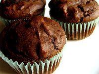 κέικ σοκολάτας(σταφιδες,κακαο,σοδα,αλατι,ξιδι,πορτοκαλαδα,μελι,λαδι,βανιλιες,αλευρ ολικης )