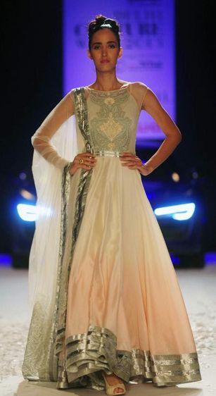 Scarlet Bindi - South Asian Fashion: Delhi Couture Fashion Week 2013, Day 3: Satya Paul & Varun Bahi
