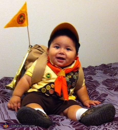 17 best ideas about russell up costume on pinterest disney costumes up pixar and disney - Costume halloween bebe ...