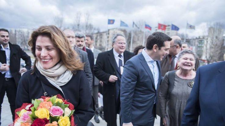 Φωτογραφική διάταξη για τη μονιμοποίηση της συντρόφου του πρωθυπουργού Μπέτυς Μπαζιάνα στο Πανεπιστήμιο Δυτικής Μακεδονίας, καταγγέλλει το Ποτάμι.
