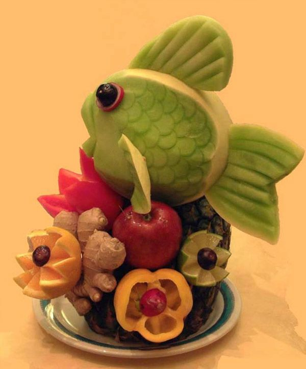 This site has cool food with vegetables and fruit!! so fun!