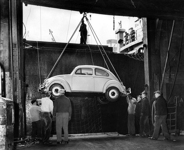 1956 VW Käfer Delivery in New York