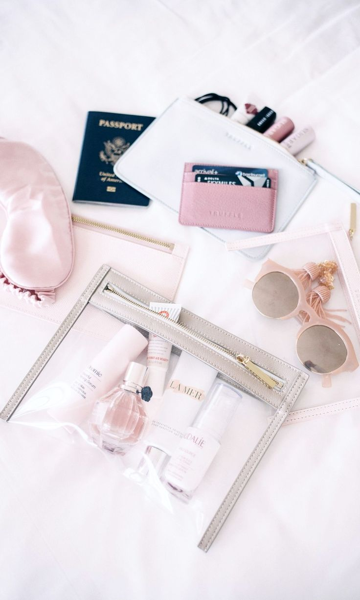 These 13 beauty essentials make traveling so much easier. You need these products in your suitcase for your next vacation...