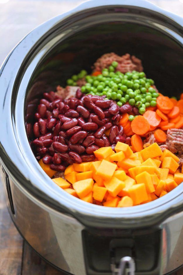 DIY Pet Recipes For Treats and Food - Easy Crockpot Dog Food - Dogs, Cats and Puppies Will Love These Homemade Products and Healthy Recipe Ideas - Peanut Butter, Gluten Free, Grain Free - How To Make Home made Dog and Cat Food - http://diyjoy.com/diy-pet-recipes-food