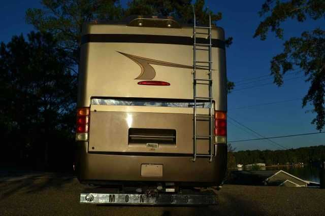 2003 Used Monaco Signature 42 SUPREME Class A in Alabama AL.Recreational Vehicle, rv, 2002 Monaco Signature 42 SUPREME, Top of the line Monaco, with 500 horsepower Cummings engine, riding on 10 airbags, 12.5 KW Onan Quiet Diesel generator, tankless water heater, tag axel, 2 slides, sleep number bed, cedar closet, automatic levelers, automatic awning and 3 ac units, solid cherry cabinets, cornian countertops and 5 solar panels. Super large holding tanks. (NO DELAMINATION just light reflection…