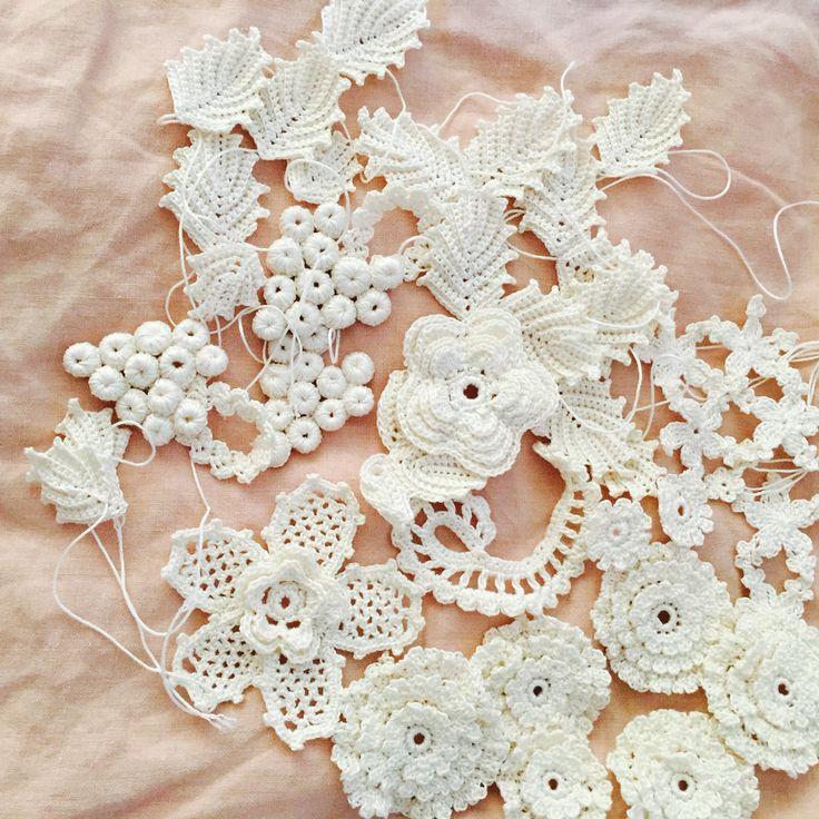 Irish lace. Motifs
