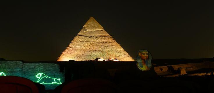 El Cairo, Egipto Gran Piramide de Giza Espectaculo de luces!!