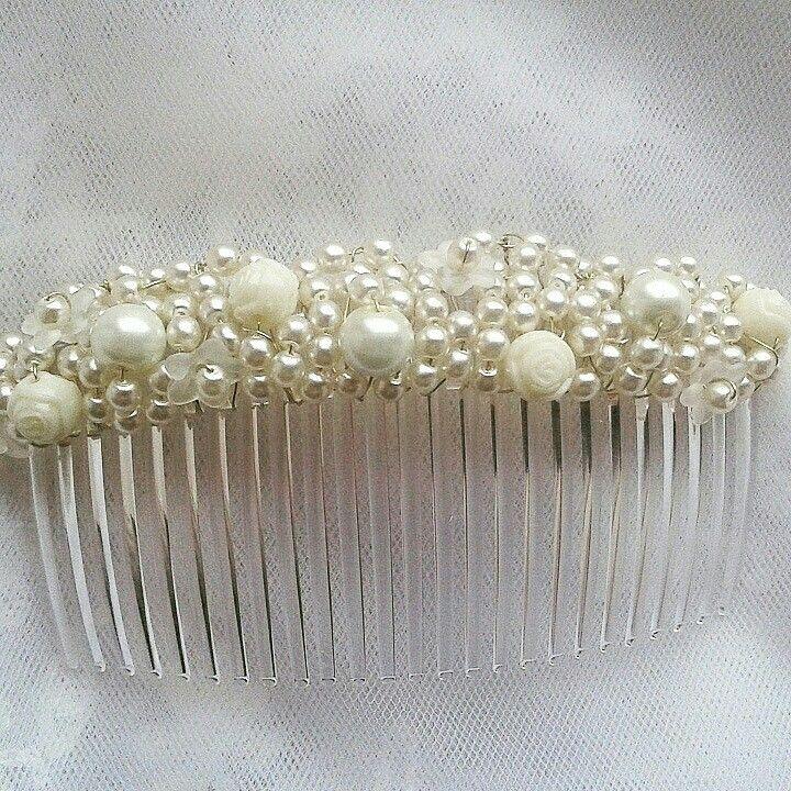 Ivory pearl wedding comb