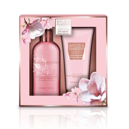 Baylis & Harding Pink Magnolia & Pear Blossom 2 Piece Set. Spring is in the air with this beautiful new fragrance collection from Baylis & Harding. Delightful notes of Pink Magnolia combine with the prettiest Pear Blossoms to create a scent which perfectly captures the delicate essence of summer. This Luxury Body Gift Set reveals a duo of delights which make a perfect gift for someone special or treat just for you!