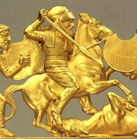 Scythian gold  Гребень из кургана Солоха (IV в. до н.э.)  http://belgorod-dnestrovskiy.ru/zoloto-skifov/
