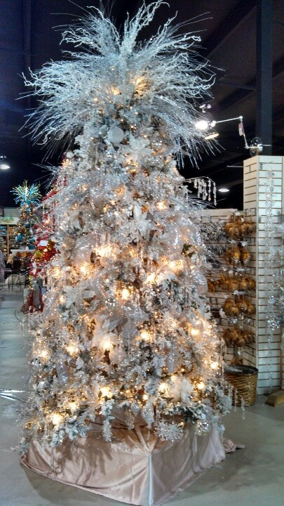 Crystal Tree at Shop the World  Victoria tx55 best Victoria  TX images on Pinterest   Victoria  Texas travel  . Hall Lighting Victoria Texas. Home Design Ideas