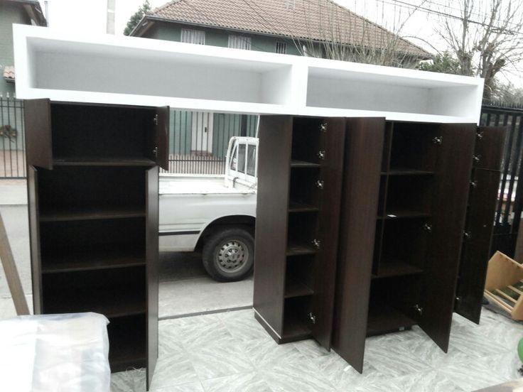 Mueble cocina, mueble cuyo espacio es para empotrar refrigerador, falsos rectangulares para iluminacion dando expansión y luz tenue!