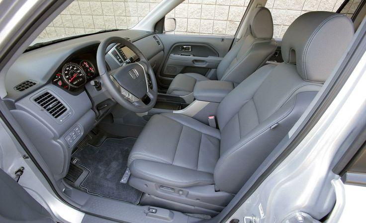 2008 Honda Element EX interior | 2008 Honda Pilot EX-L 4WD interior